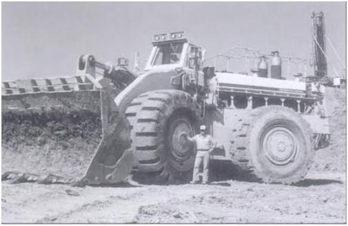 Погрузчик-великан модели «Payloader 580», выпущенный компанией «International Harvester» в 1070 году